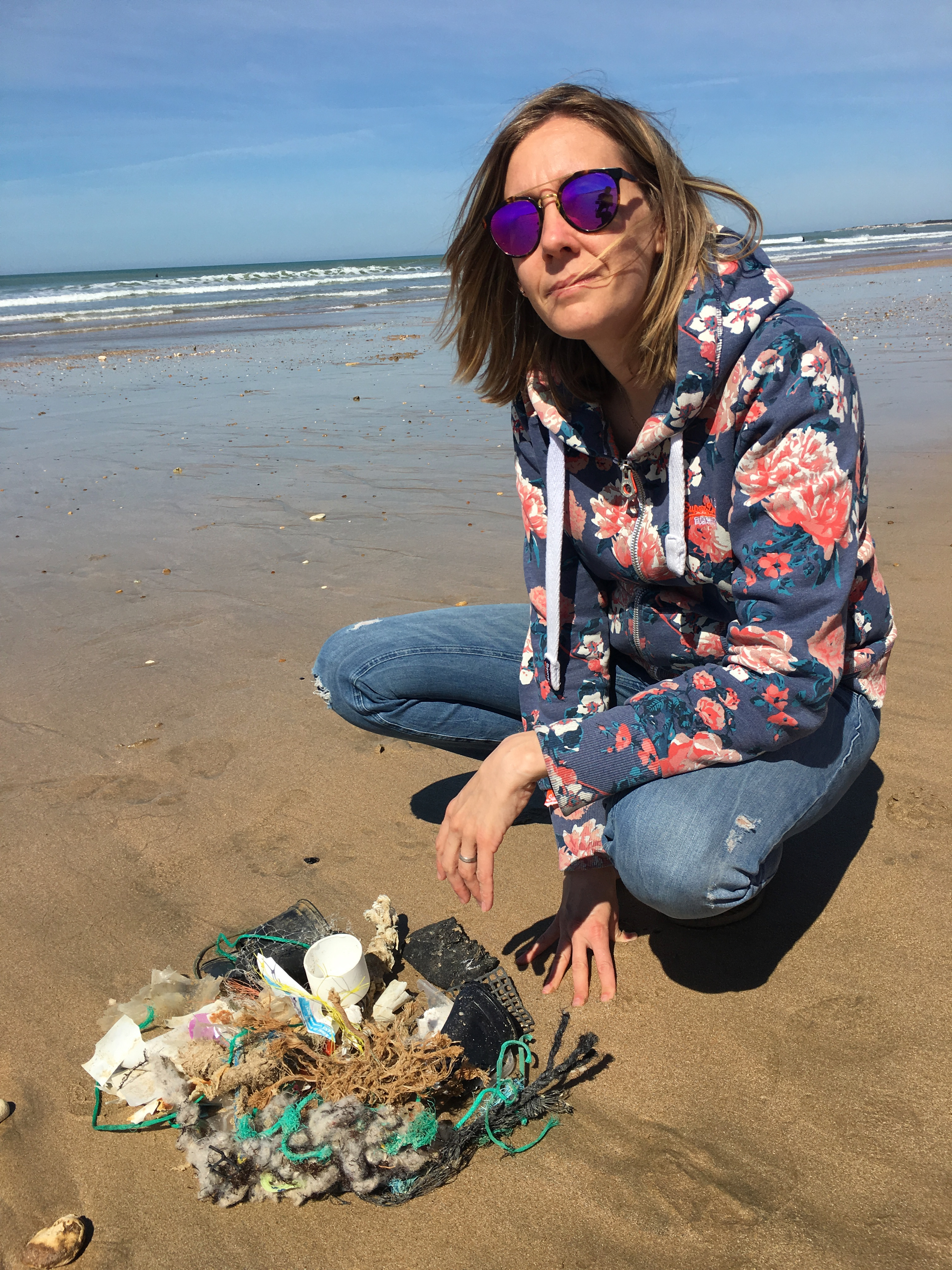 récolte de déchets sur la plage